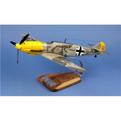 Messerschmitt Bf-109E-4 JG26 Adolf Galland -1/24 36x41cm